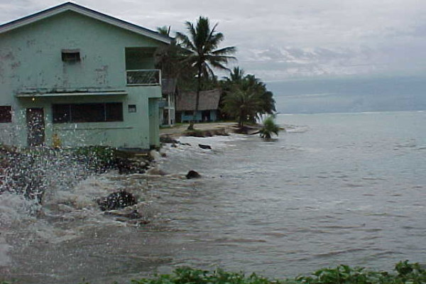 High Tides: December 1999 | Kosrae's Coast
